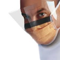 Fluidsheid* Fog-Free Surgical Mask